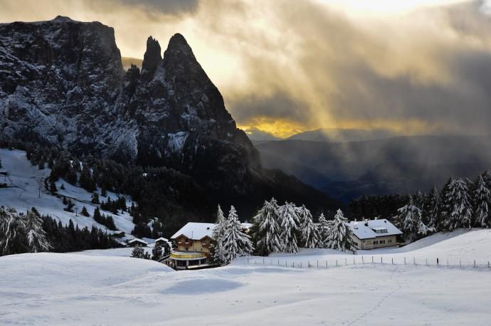dolomiten-bilder-fotos-023-winter-seiser-alm-schlern-690x458